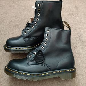 Dr Martens X Horween 1460 Boot Made in England